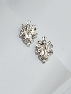 Load image into Gallery viewer, Ameniaarts Floret Crystal Studs